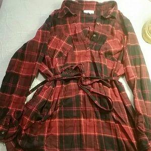 Maternity longsleeve tunic-flannel